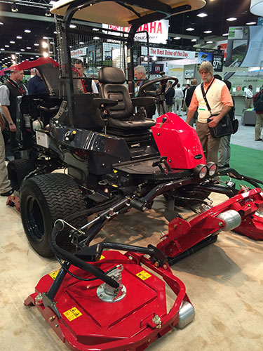 Hidden gems from the 2016 Golf Industry Show : Golfdom on beer golf cart, daihatsu golf cart, mg golf cart, kohler golf cart, parker golf cart, champion golf cart, ingersoll-rand golf cart, really big golf cart, stihl golf cart, case golf cart, clark golf cart, cub cadet golf cart, dixon golf cart, diesel powered golf cart, snapper golf cart, japan golf cart, fun golf cart, woods golf cart, komatsu golf cart, echo golf cart,