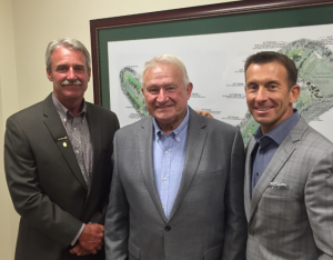 GCSAA President Pete Grass (left), Latshaw and GCSAA CEO Rhett Evans (right).