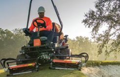 Jacobsen TR Series. Photo provided by Jacobsen.