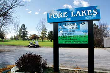 Fore Lakes Golf Course sign (Photo by: Tom Lebsack)
