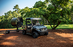 Cushman Hauler 4×4. (Photo: Textron Specialty Vehicles)