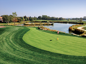 of a traditional course, ponds dot the mini course's perimeter. (Photo: Kevin Atkinson)
