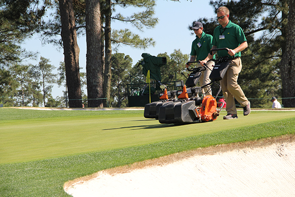 Rolling at Augusta National (Photo: Seth Jones)