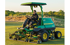 John Deere 7500A PrecisionCut Fairway Mowers (Photo: John Deere)