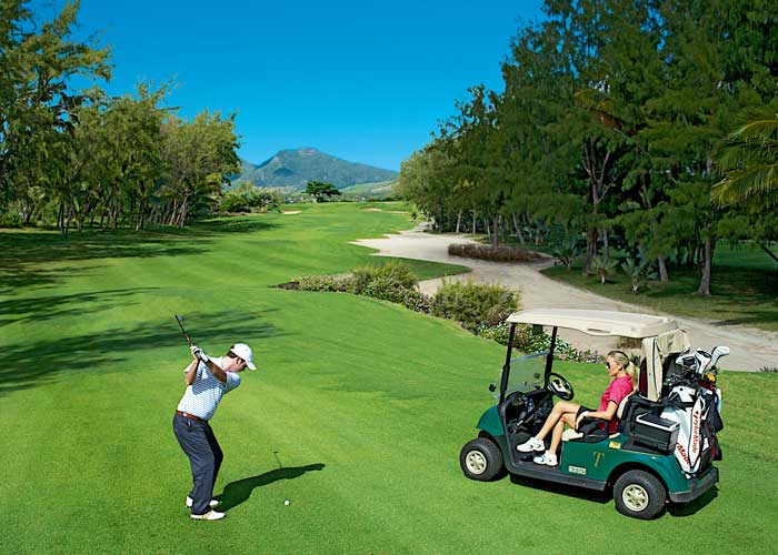 Ile aux Cerfs Golf Club (Photo courtesy of Shangri-La Hotels and Resorts)