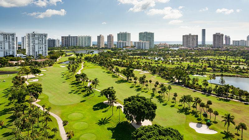 Ocean view of JW Mariott Miami Turnberry Resort & Spa Photo: JW Marriott Miami Turnberry Resort & Spa