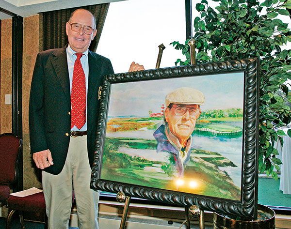"Pete Dye receives the ""Ambassador of Golf"" award at the 2005 NEC Invitational at Firestone Country Club in Akron, Ohio, on Aug. 18, 2005. (Photo: PGA Tour)"