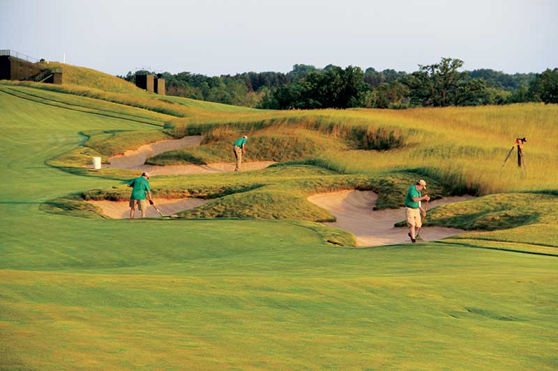 Crews prepare Erin Hills' bunkers during the 2017 U.S. Open. (Photo: Golfdom staff)