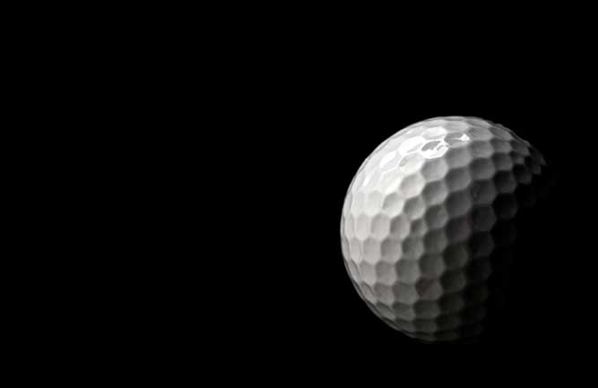 Golf ball with shadowed background (Photo: Moussa81 / iStock / Getty Images)