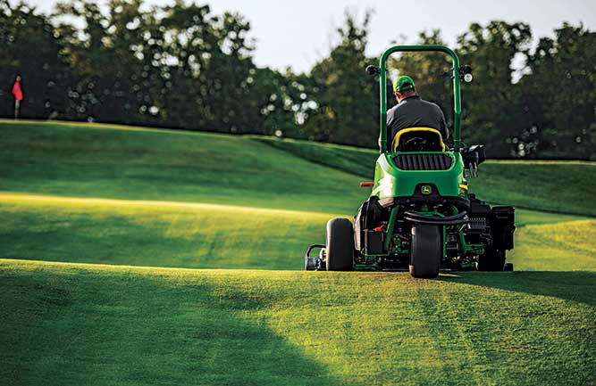 John Deere mower in action (Photo: John Deere)