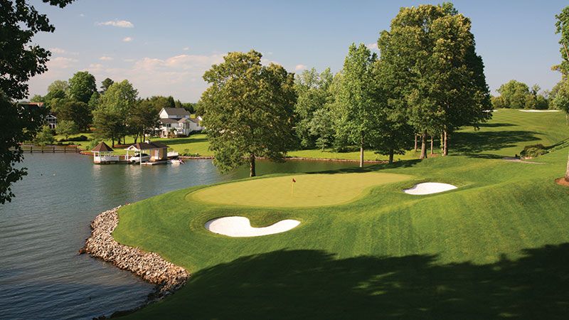 The Water's Edge is an 18-hole, PGA Championship golf course was designed by the late R.F. Loving Jr. (Photo: McConnell Golf)