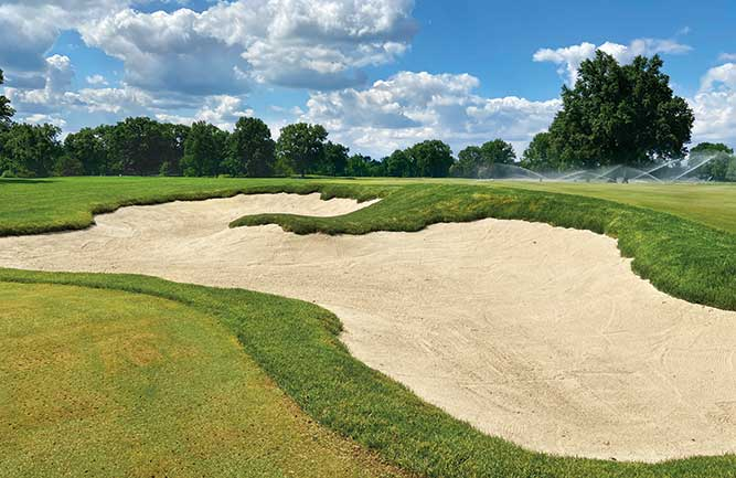 Kenwood CC has updated 77,000 square feet of bunkers on its Kendale course, including this finished bunker on No. 1. (Photo: Jason Straka)
