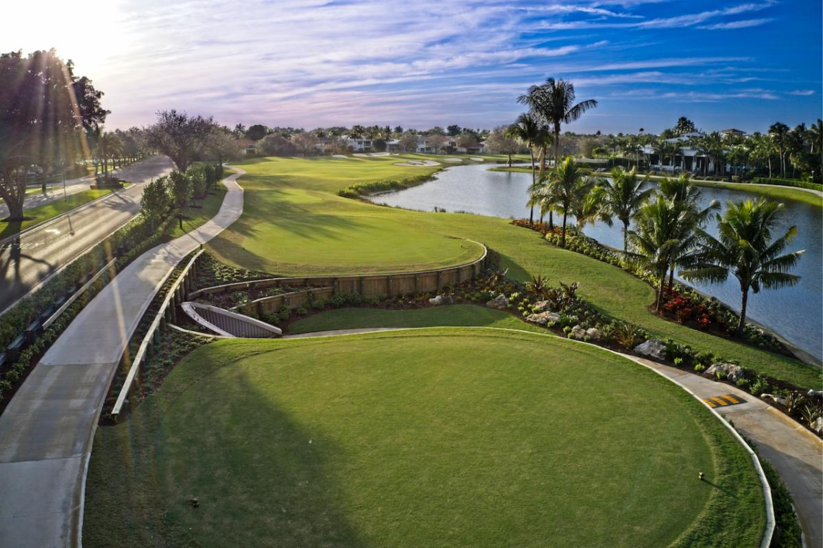 Woodfield CC in Boca Raton, where Heritage Links completed a course-wide renovation with architect Kip Schulties. (Photo: Jorge Huerta Photography)