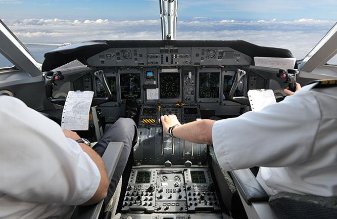 Co-pilots on a plane (Photo: 4FR / E+ / Getty Images Plus)
