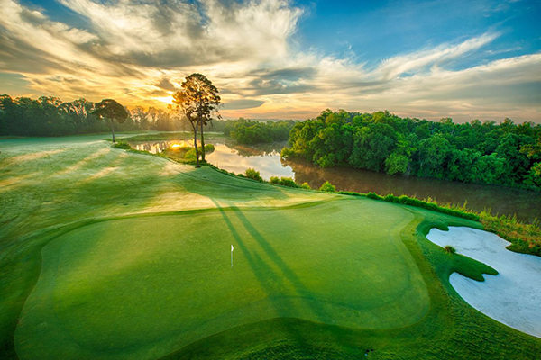 Hole No. 14 at Whispering Pines. (Photo: Hugh Hargrave, Whispering Pines Golf Club)