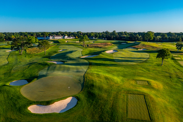 Hole No. 10 and 11 at Oakland Hills South Course. (Photo courtesy of Larry Lambrecht)