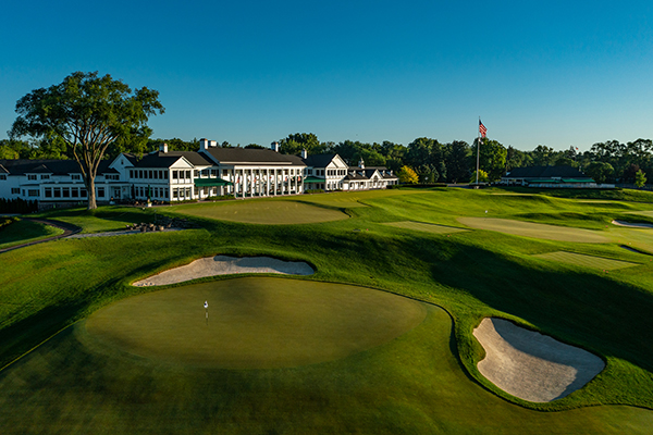 Hole No. 18 at Oakland Hills South Course. (Photo courtesy of Larry Lambrecht)