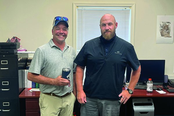 Golfdom's Dan Hannan dropped in on the crew at Bayside Resort Golf Club, Selbyville, Del. Superintendent Eric Hindes (left) is about to begin a new job in the Dominican Republic but ready to take the helm at Bayside is Ken Crider (right). (Photo: Golfdom Staff)